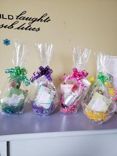 Gift Baskets for Ladies.  $10 each