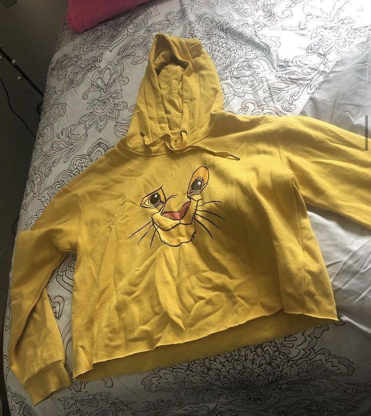 lion king cropped hoodie & starter long sleeve