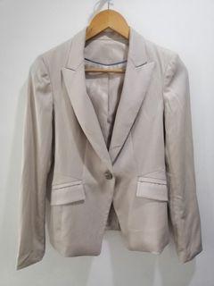 2 pc nude skirt suit set