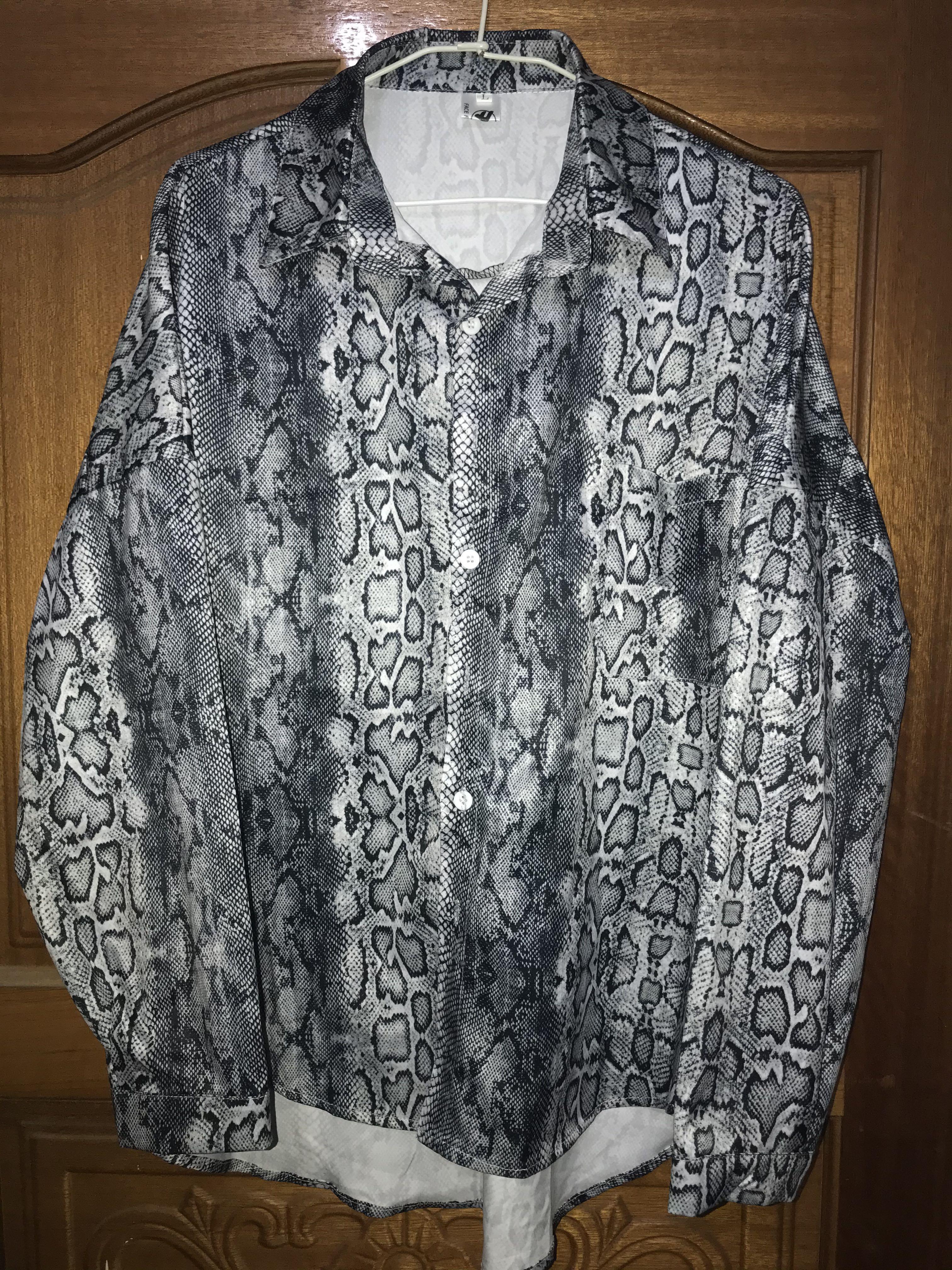 蛇紋圓擺薄襯衫