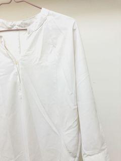 白色開領襯衫(贈)