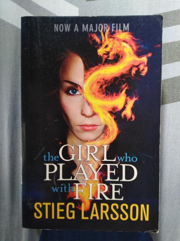 The Girl Who Played with Fire book (paperback)
