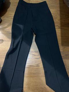 (全新)❤️超紅黑色西裝褲❤️