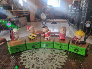 Authentic Peanuts Christmas Collection from USA