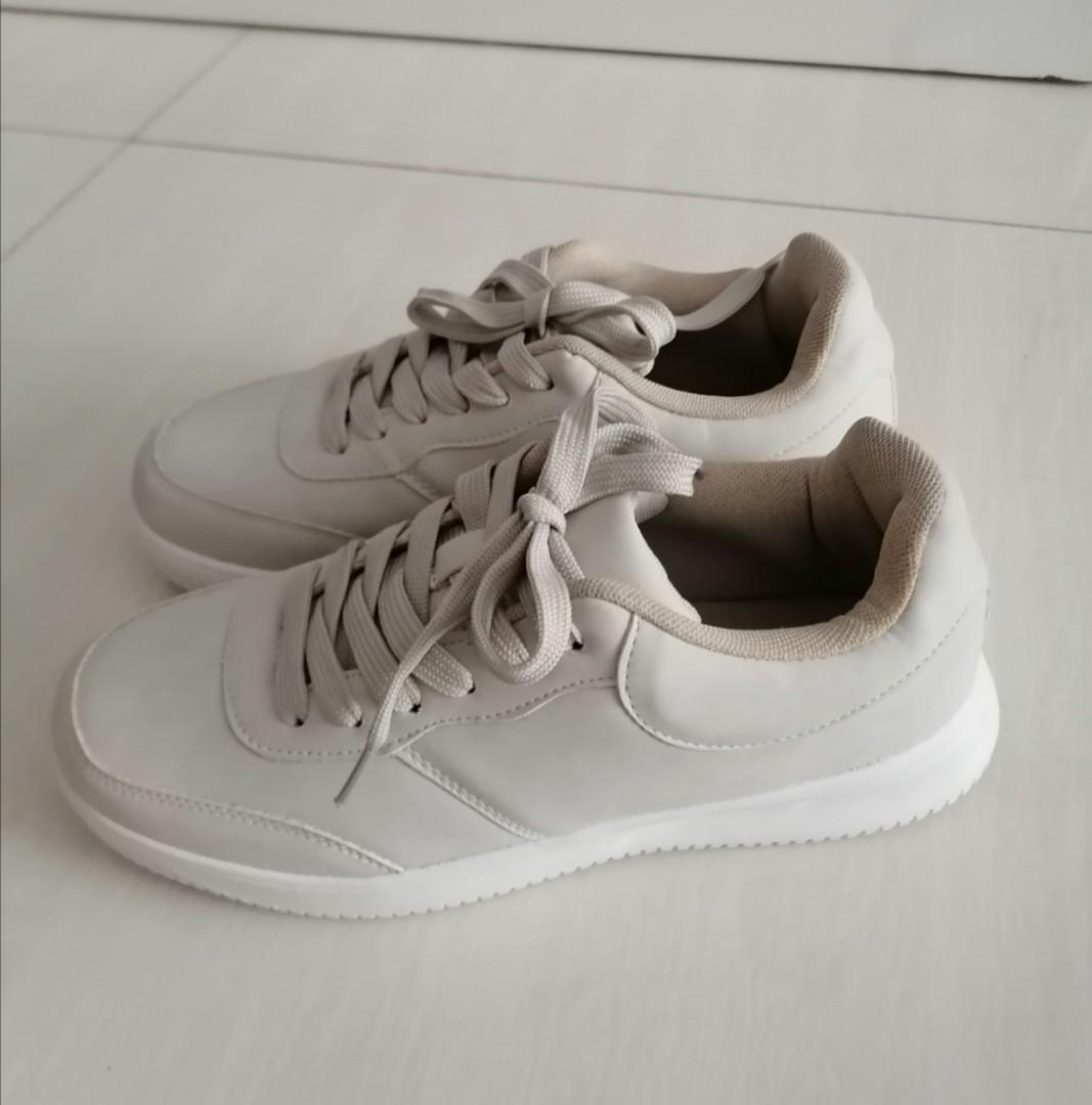 Brand New Sneakers (FREE Mailing!)