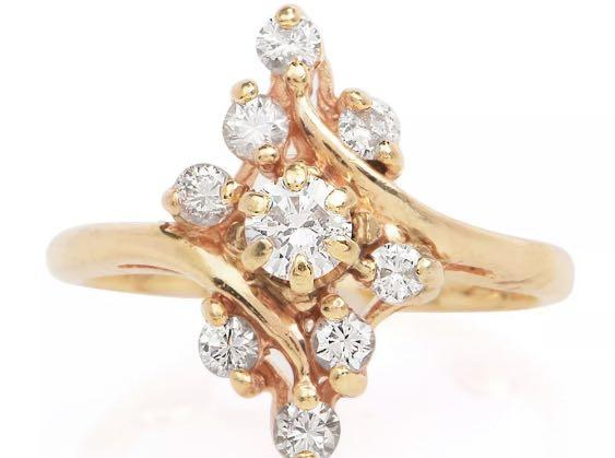 Diamond Ring Set in 14K Solid Gold
