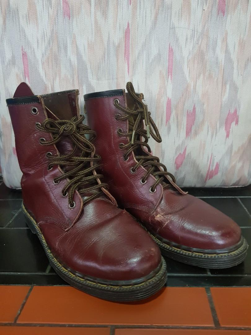 Genuine leather boots maroon size 43