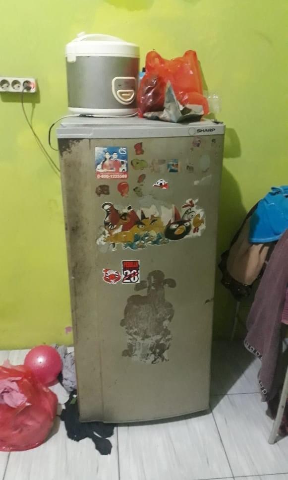 Kulkas sharp 1 pintu bekas dingin layak pakai