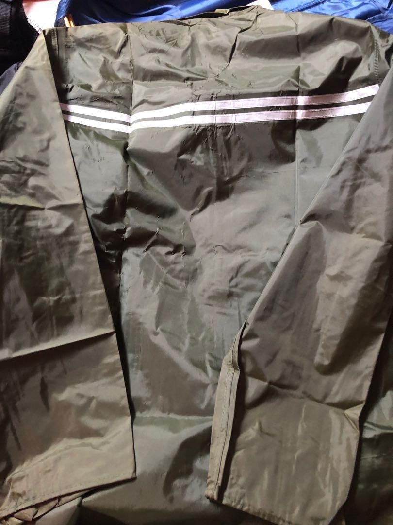 Military.Raincoat.green.
