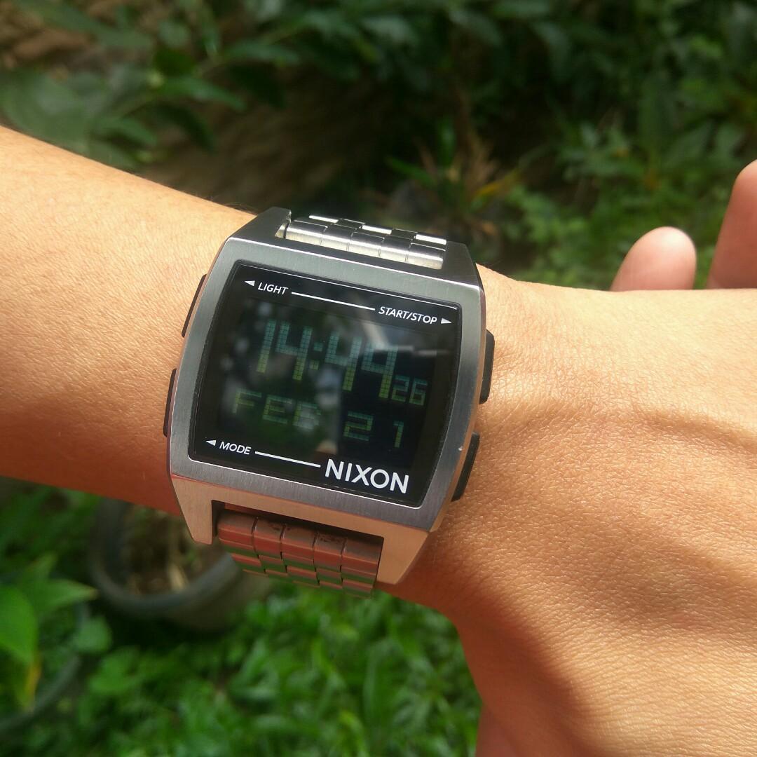 Preloved NIXON A1107000 Jam Tangan Pria Silver Digital Fashion