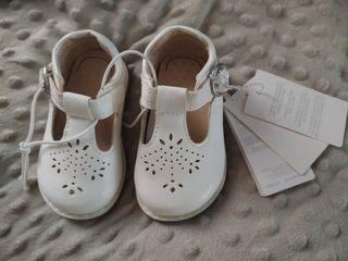 Sepatu baby Mothercare