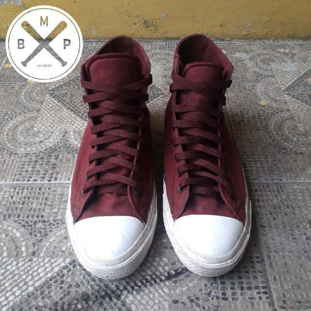 Sepatu Converse Chuck Taylor 2