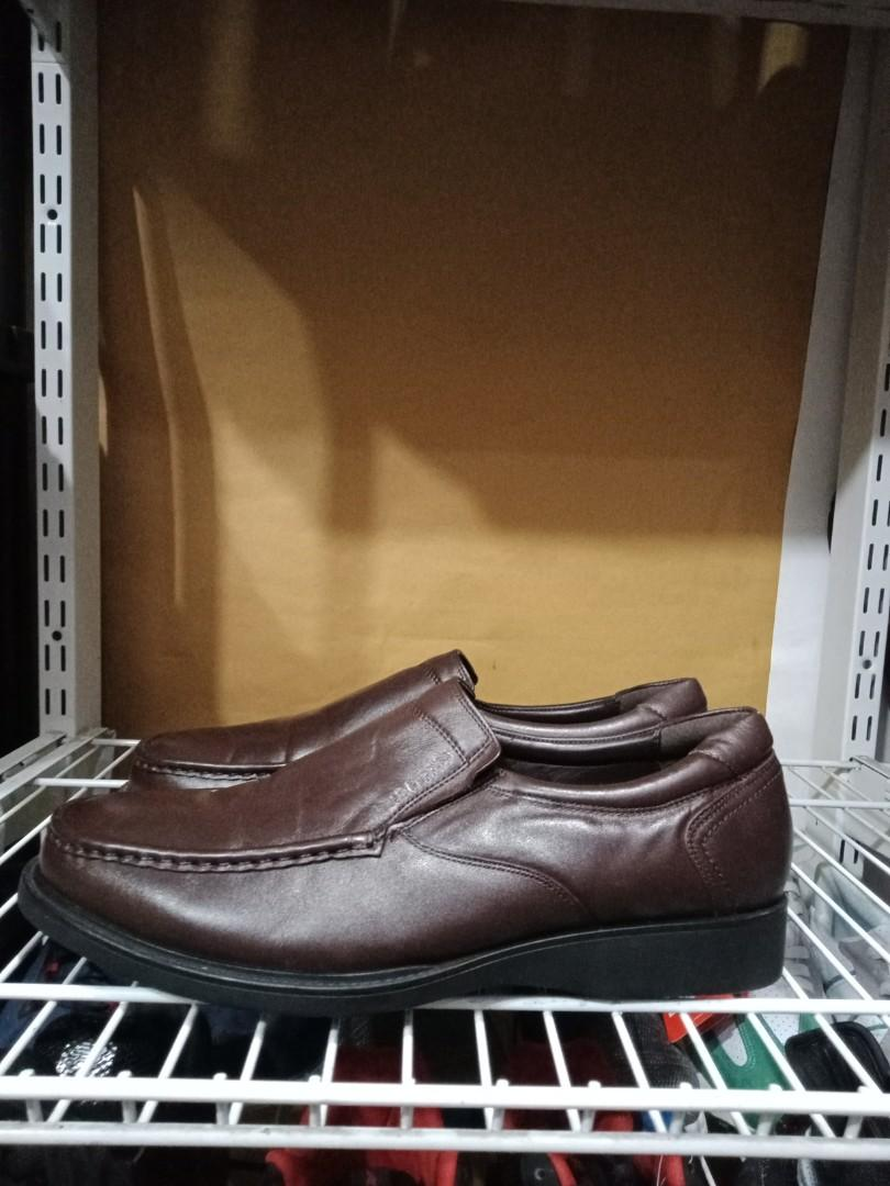 (size 43 28.5cm) hush puppies Leather