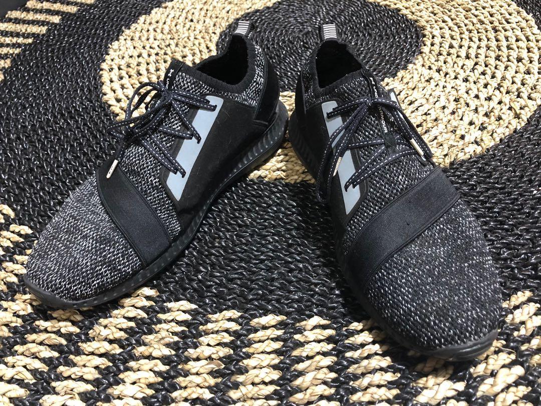 Under Armour UA Black Sneaker