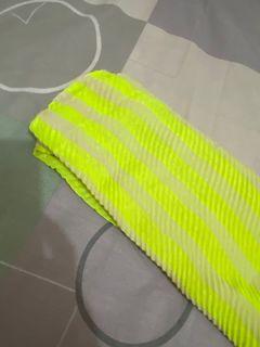 二手薄圍巾🧣狀況良好$100它團同步
