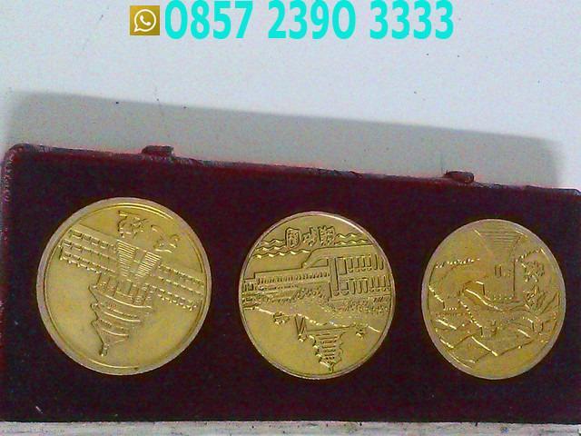 3 Koin Lapis Emas Gambar Sangat Bagus NMJ1141