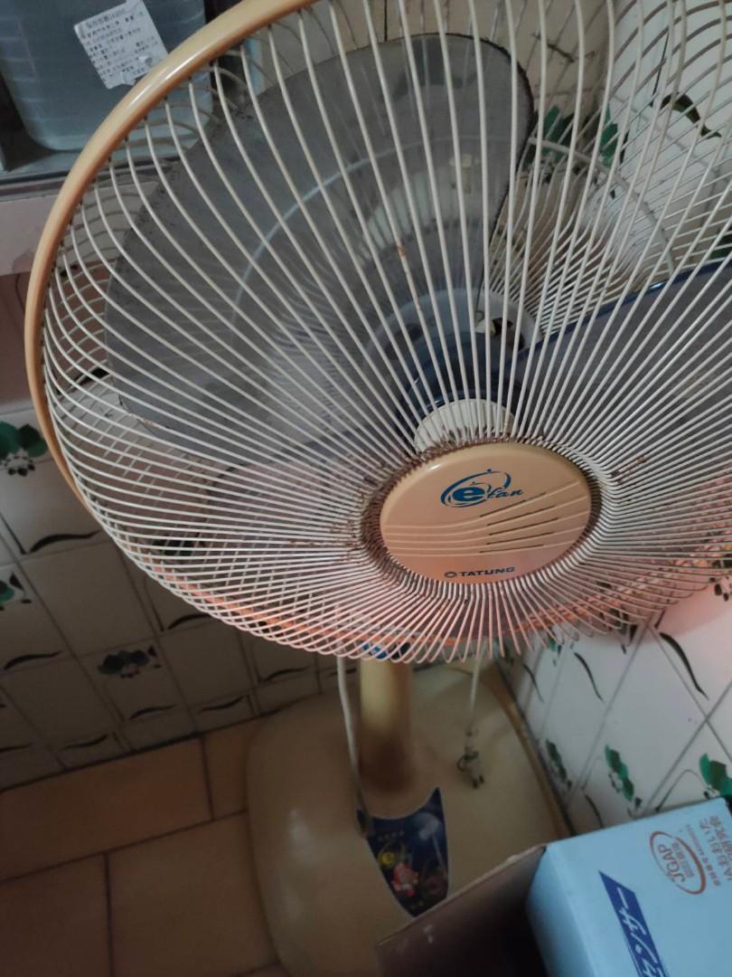 電風扇無法轉動其他功能良好