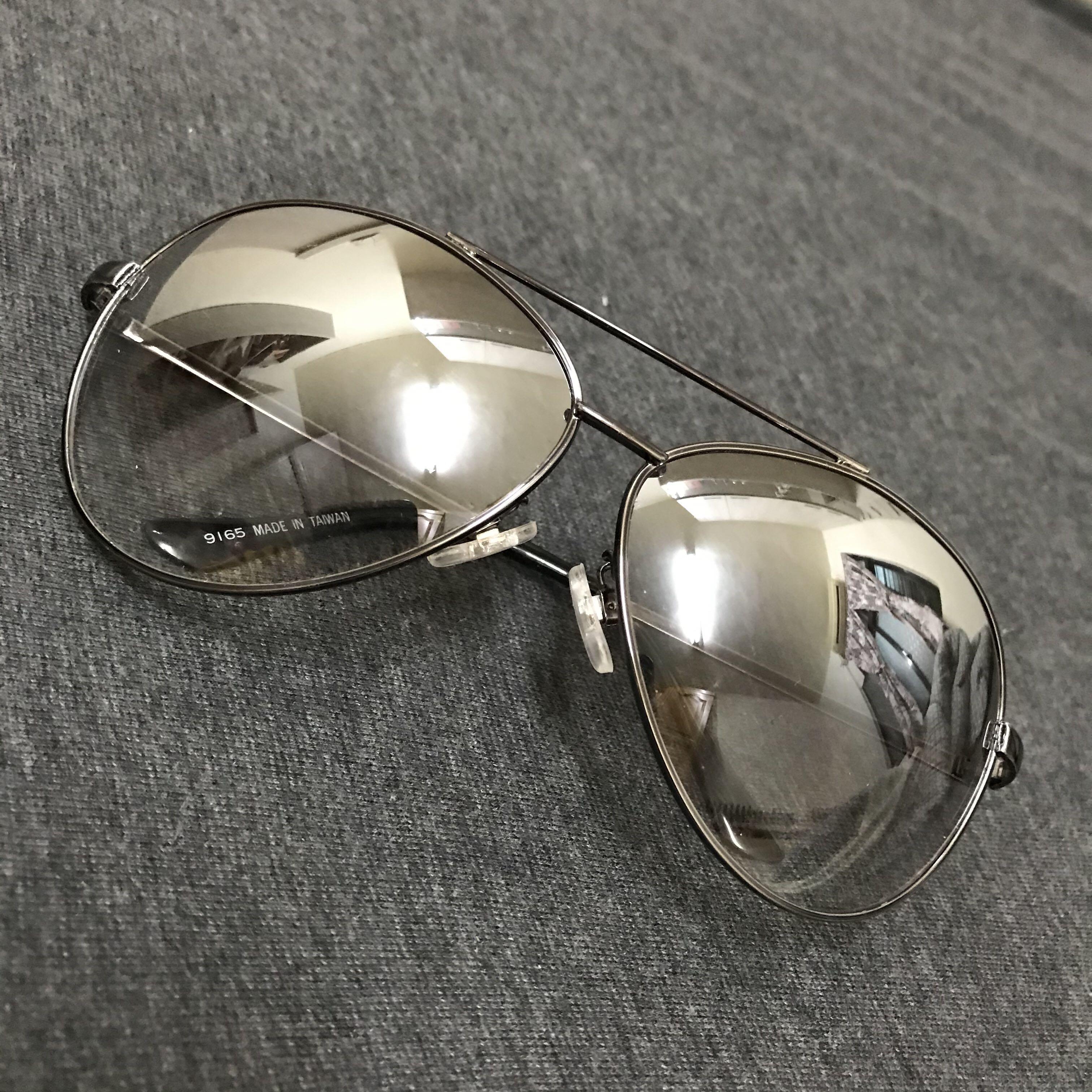 二手優質 墨鏡 鏡面銀灰色 框架鐵灰色 男女皆可戴 九成新