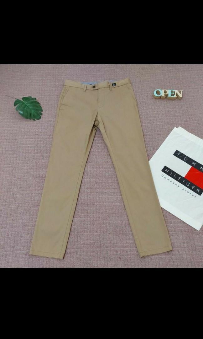 美國 TOMMY HILFIGER 型男必備 雙口袋 修身 長褲 卡其褲 男休閒長褲 32 九成新