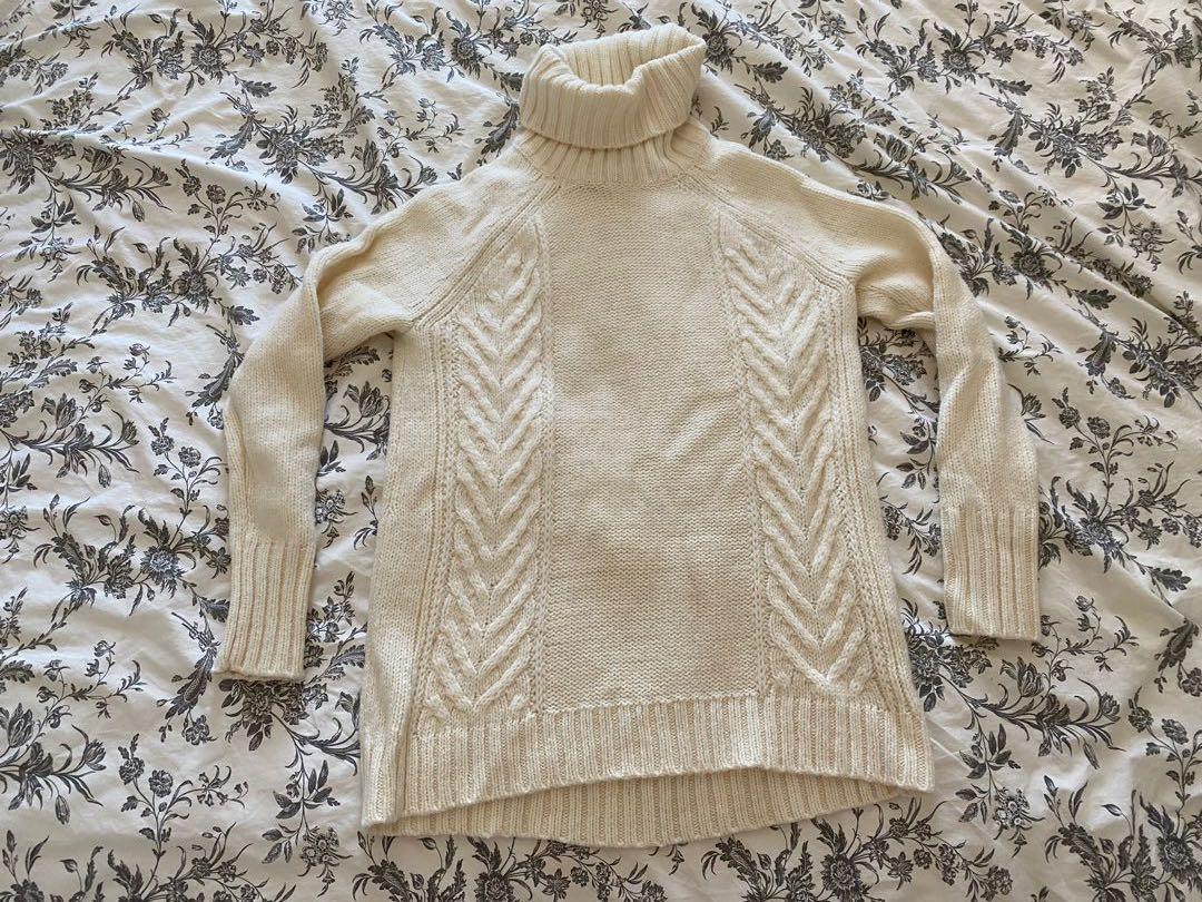 Like New American Eagle Turtleneck Sweater
