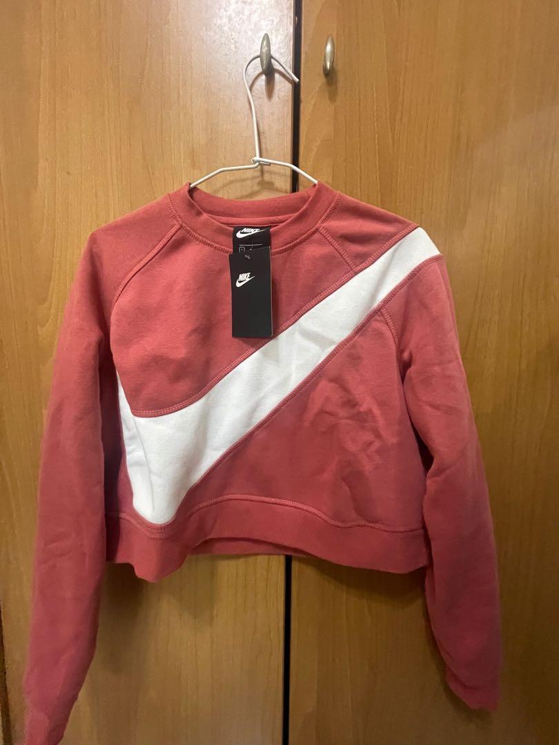 Nike粉色短板刷毛T