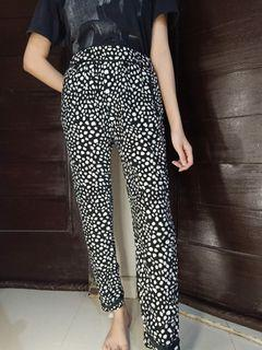#salefeb / celana panjang / dots pants / pattern pants
