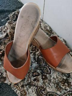 Sandal wanita vinci