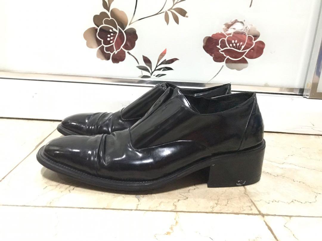 Sepatu everbest men