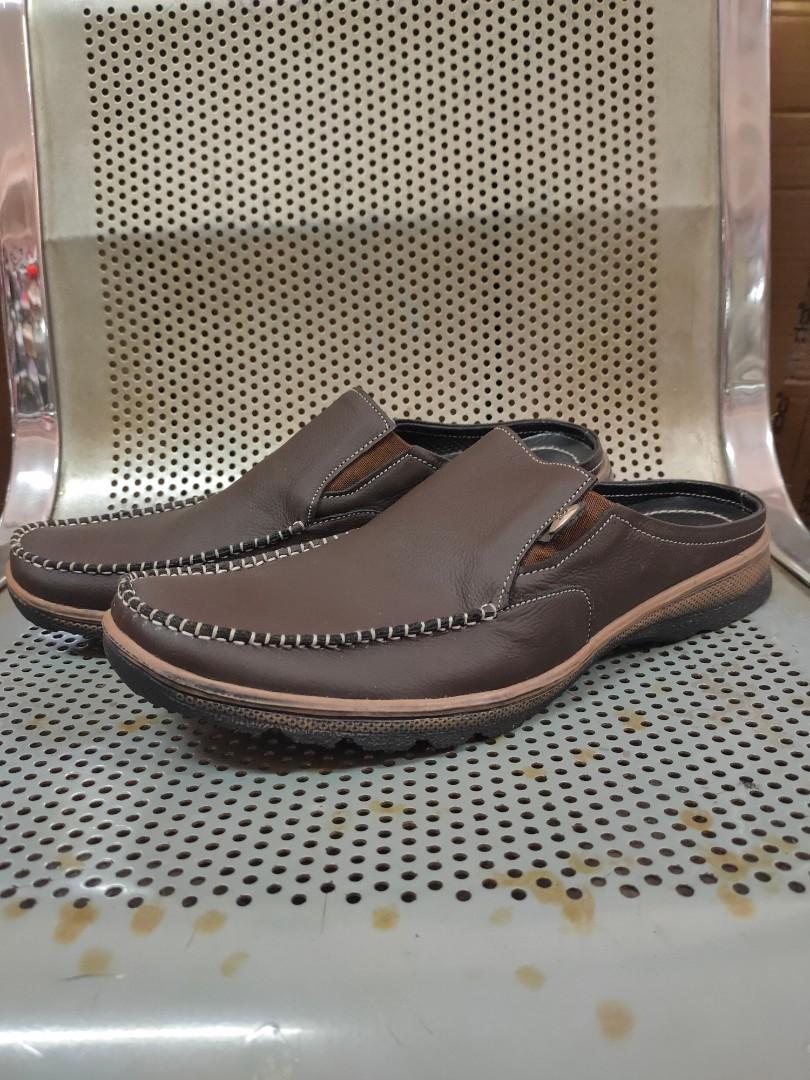 Sepatu sendal kulit santai dan formal di jual cepat
