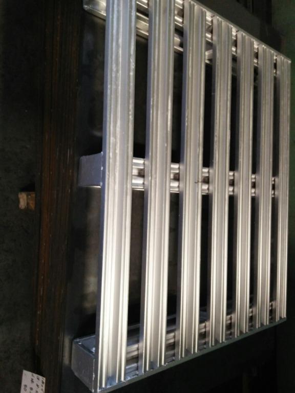 Steel Pallet for warehouse