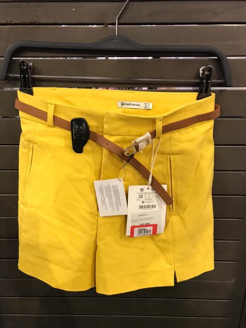 Stradivarius yellow pants