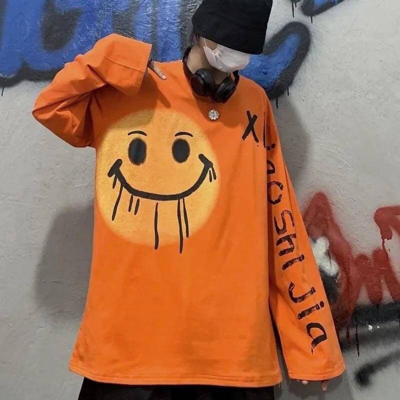 嘻哈笑臉塗鴉字母長袖T恤