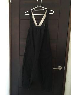 a la sha 黑色吊帶飛鼠褲/長褲/寬褲/連身褲 M號