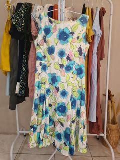 Dress bunga anggun