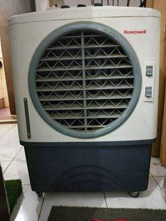HONEYWELL air cooler CL40PM
