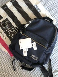 荷蘭🇳🇱買的Marc Jacobs深藍色後背包