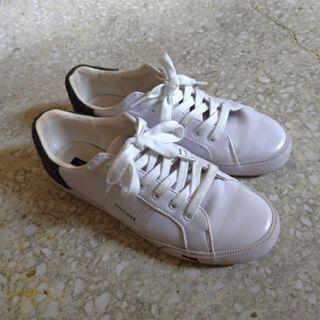 Tommy Hilfiger 白色平底鞋