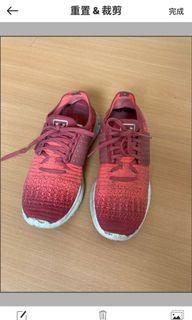 女 UA Speedform 慢跑鞋