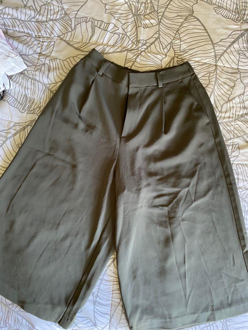 Uniqlo army green culotte