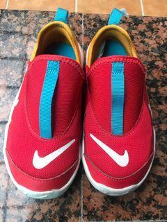 Nike懶人鞋 男寶女寶都好看