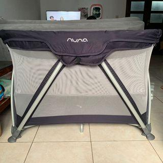 Nuna Sena Baby Box