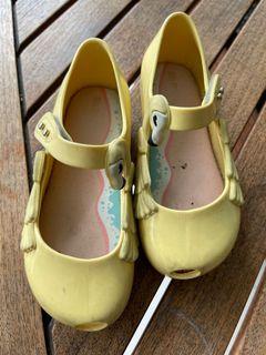 Sepatu mellissa