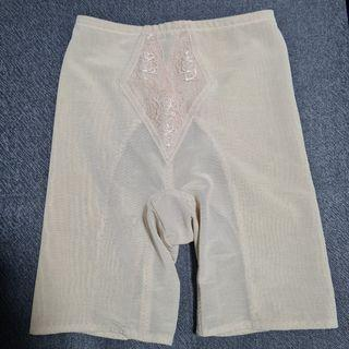 Triumph Shapewear Tummy Girdle, M/65