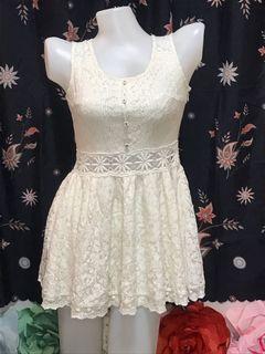 White cute dress.!