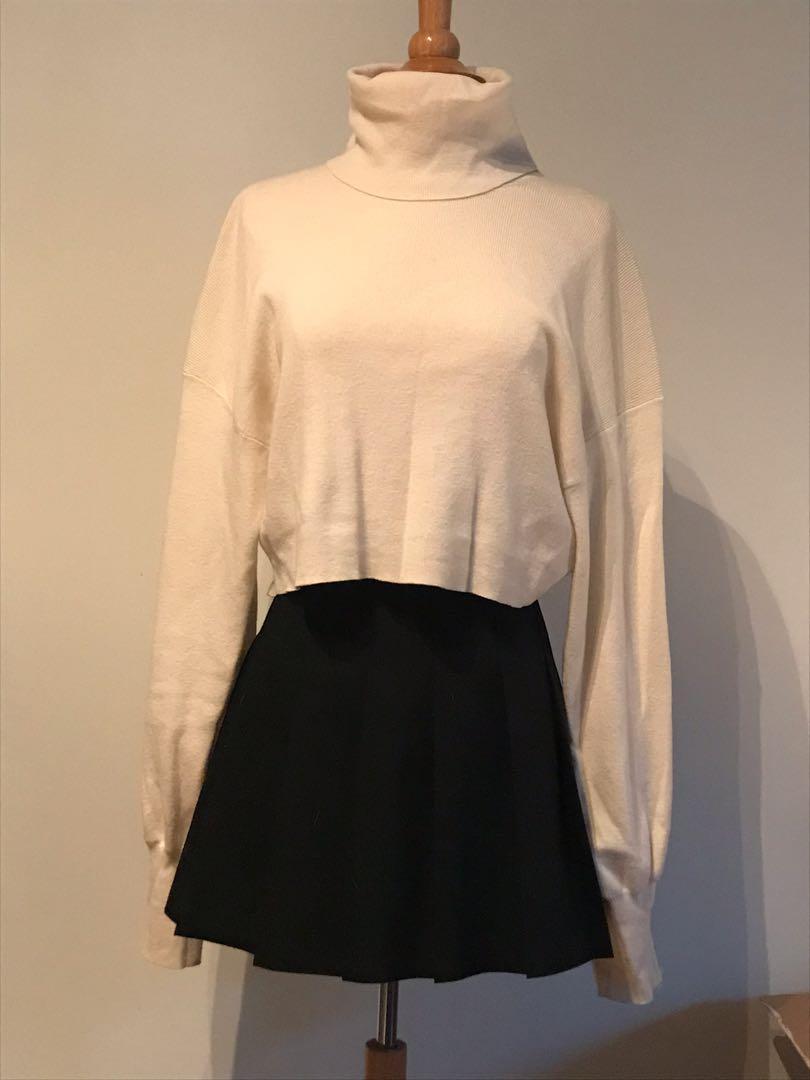 #Aritzia Rebecca sweater, Oak, Size L