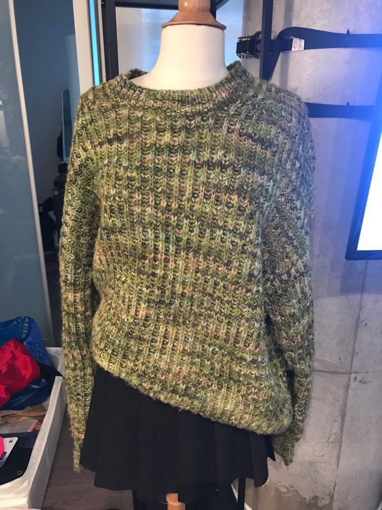 #Aritzia #Wilfred knit sweater, Over sized, L