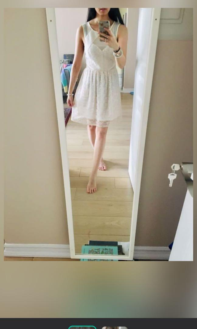 Bnwot urban outfitters cream lace dress