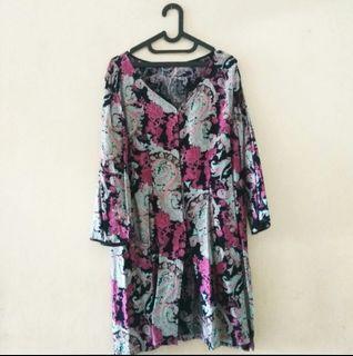 Dress motif cantik ungu