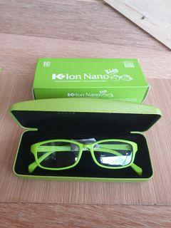 Kacamata K-Ion Nano Kids