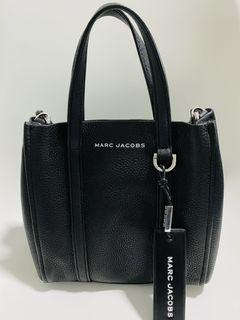 Marc Jacobs The Tag Tote 21 Crossbody Bag